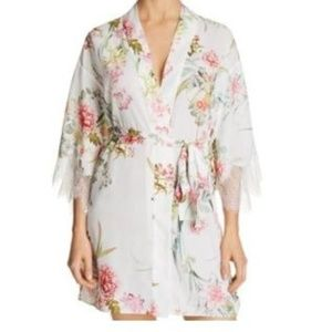 NWT! Anthro Flora Nikrooz Fiona Cover Up Robe